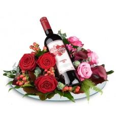 Bloemstuk met rode wijn. VT200.